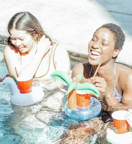 Fiesta de piscina - Bebidas en la piscina